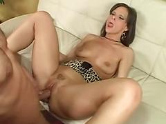 Sexy Ass Mif Works For The Nut Bouncing Her All Over