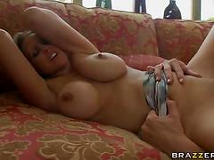 Milf with big bouncing boobs gets pussy eaten and banged hardcore